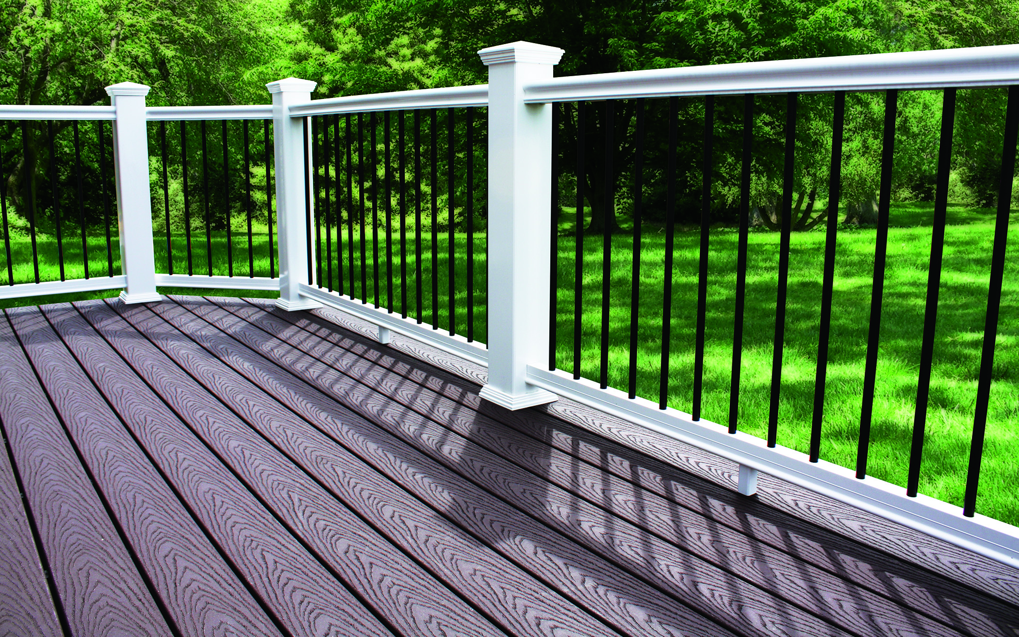 Cp310 Composite Railing With Round Aluminum Balusters